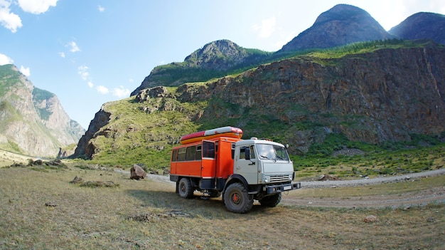 Off road driving in altai mountains