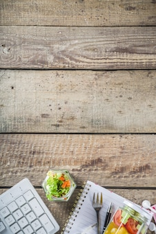 Офисный обед: овощные салатники