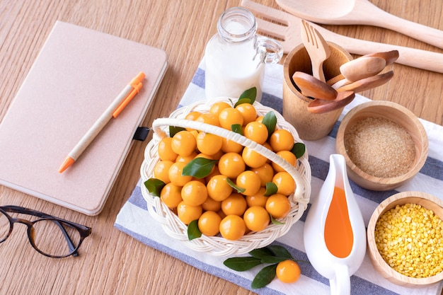 Office table with deletable imitation fruits, fruit shaped mung beans