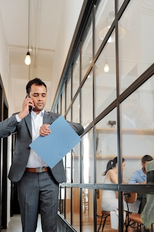 Office worker hurry up to the business meeting