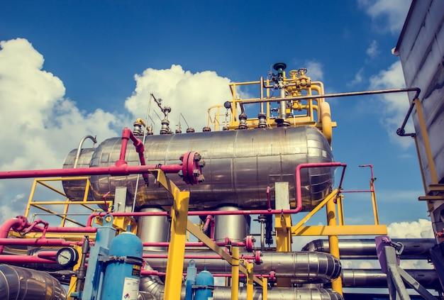 근해 산업 탱크 절연 오일 및 가스 생산 석유 파이프라인.