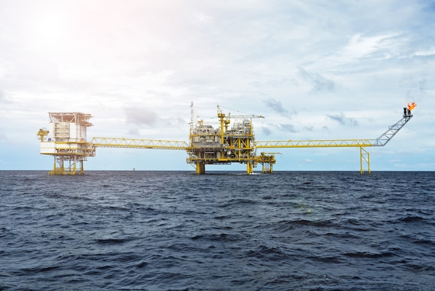 Offshore oil gas rig platform