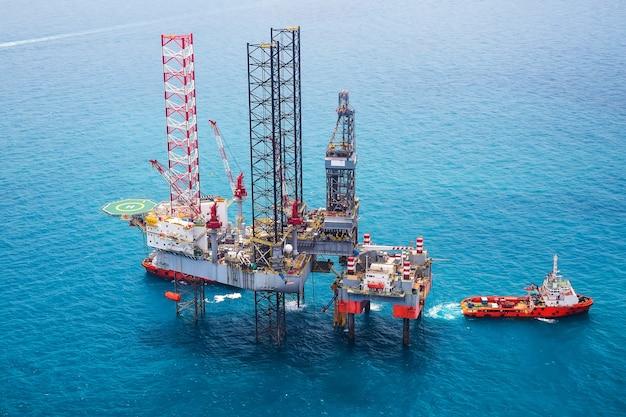 공중보기에서 걸프에 해외 석유 장비 플랫폼.