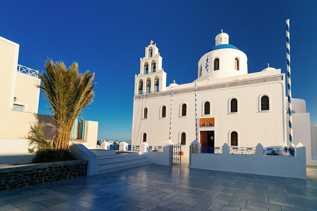 イアまたはia日没、サントリーニ島、ギリシャ