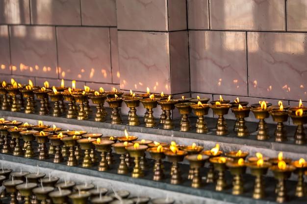 Масляные металлические лампы