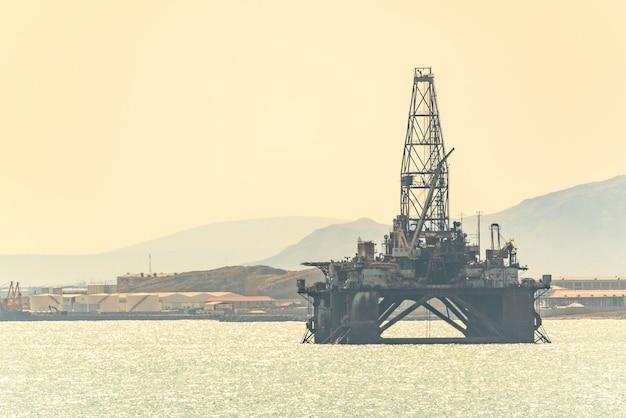 바다의 석유 플랫폼