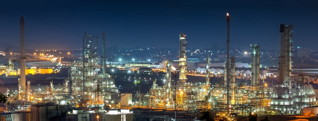 Oil refinery industry for distillate crude oil to gasoline for energy business and transportation.