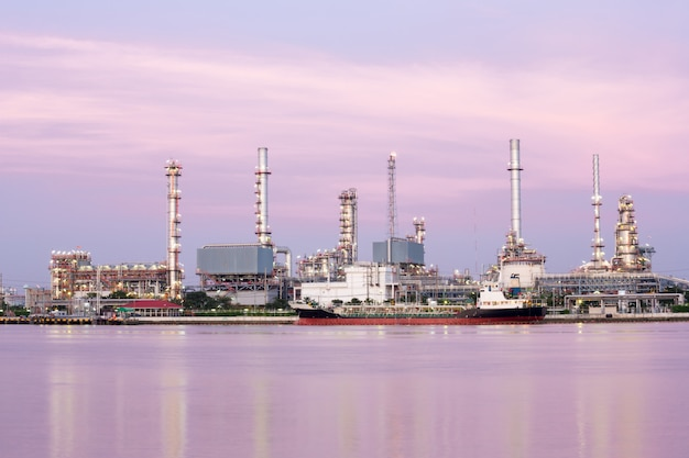 Oil refinery plant along river