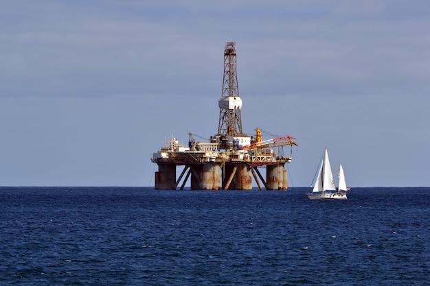 Oil rig in the sea