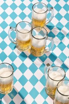 美味しいビールを片手にオクトーバーフェストのアレンジ