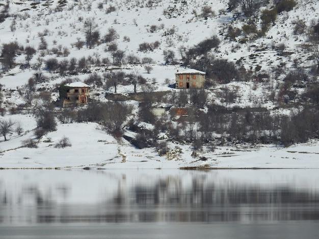 レオン・スペインの古い放棄された村
