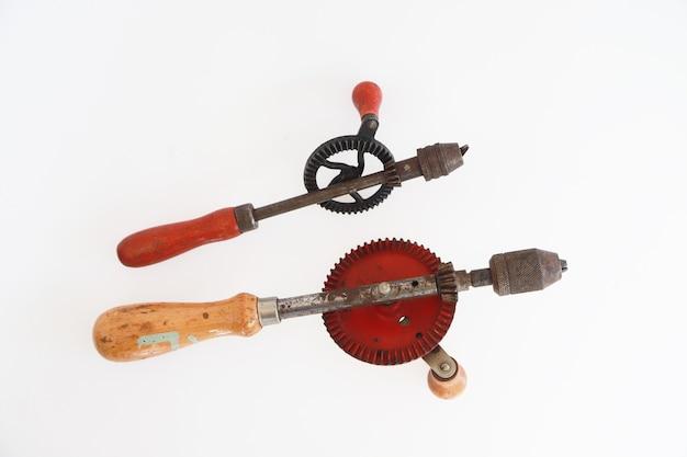목수 작업을 위한 오래되고 빈티지 핸들 스크루드라이버 나무 도구