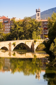 Vecchio ponte sul fiume arga. pamplona, navarra