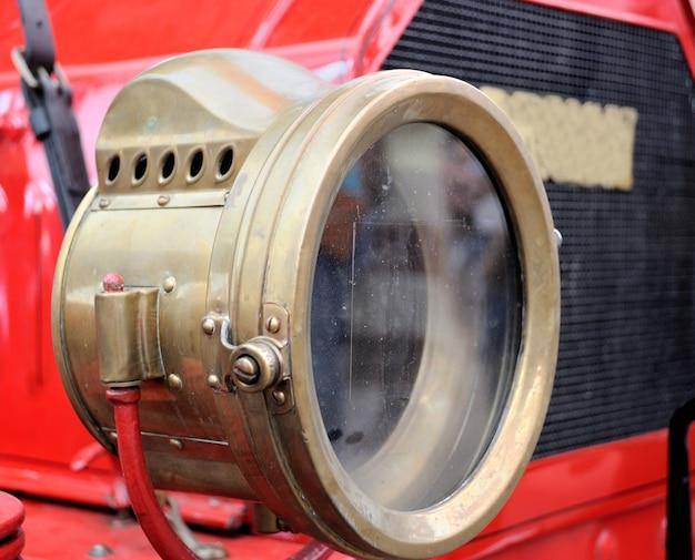 古い車のランプ