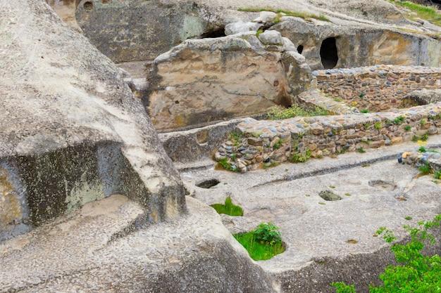 ジョージア州コーカサス山脈の古い洞窟都市uplistsikhe