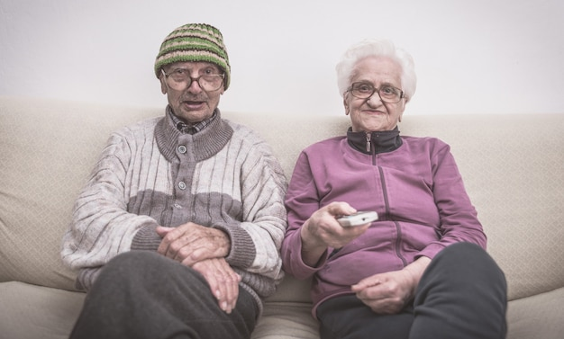 Old couple and zapping