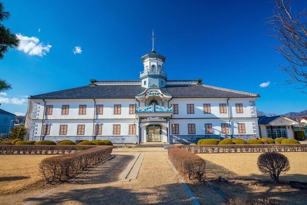 日本の松本にある旧開智学校