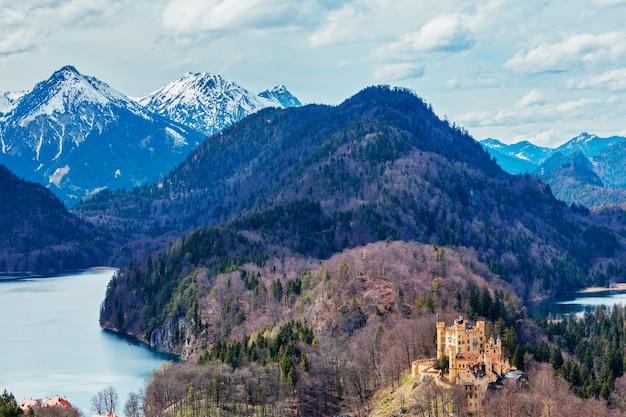 독일의 옛 호엔 슈 반가우 성