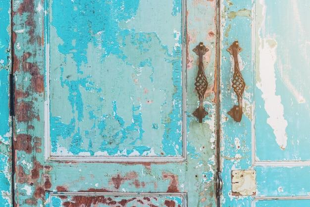 古い家のドア