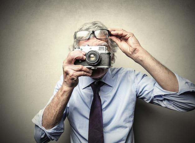 Old man photographer