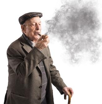 노인 흡연 파이프