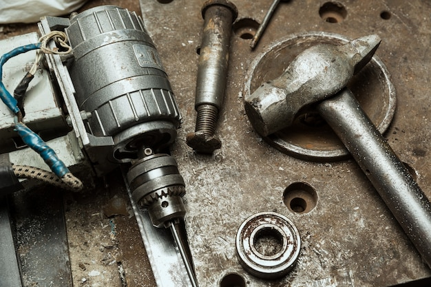 오래된 기계 도구