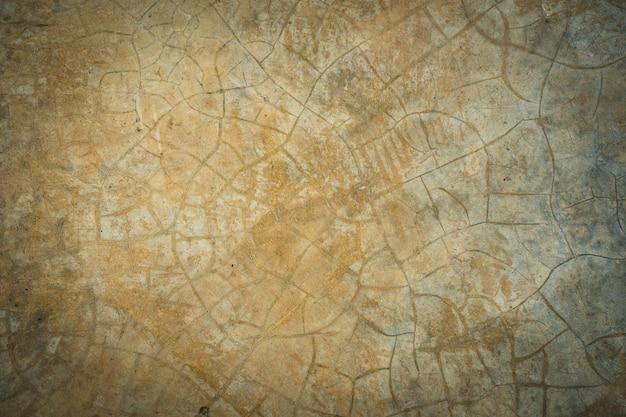오래 된 광택 된 석고 벽 균열