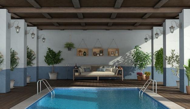 수영장과 나무 소파와 오래 된 현관