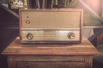 Old radios used as illustrations