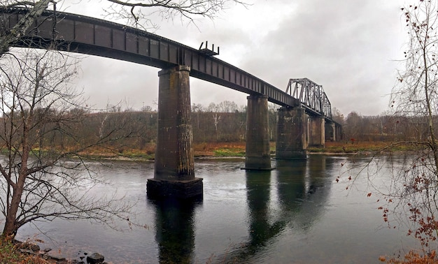Vecchio ponte girevole della ferrovia cotter arkansas