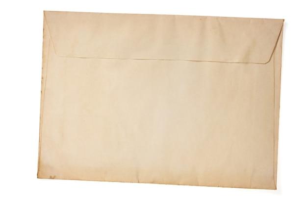 Старый ретро конверт, изолированные на белом фоне