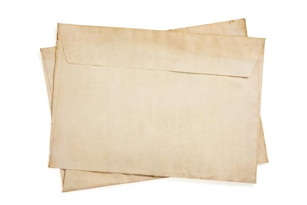 Старый ретро конверт изолирован