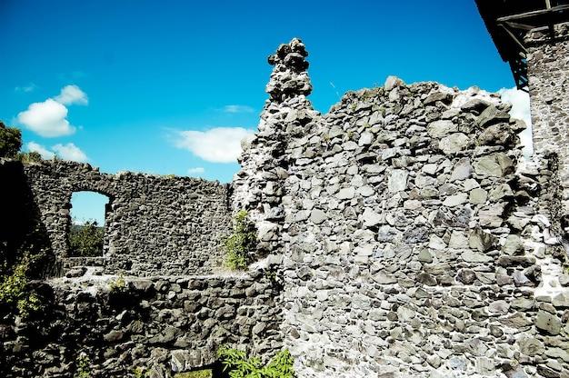 Старые руины из камня