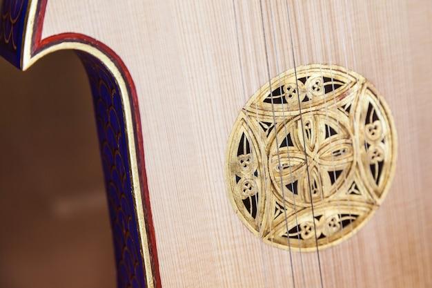 Старый испанский альт в отличном состоянии - 200 лет
