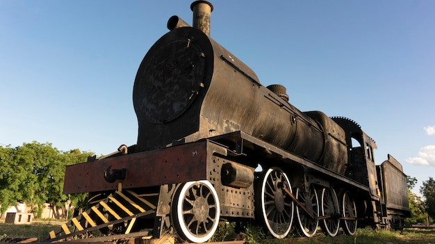 Old steam train - abandoneds