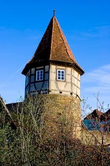 Старая башня в городе причсенштадт