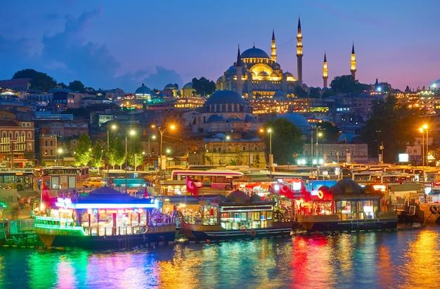 밤, 터키 이스탄불의 구시가지