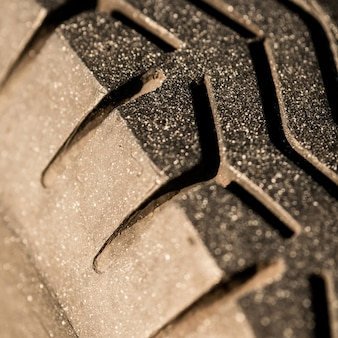 Old tread pattern for vehicle