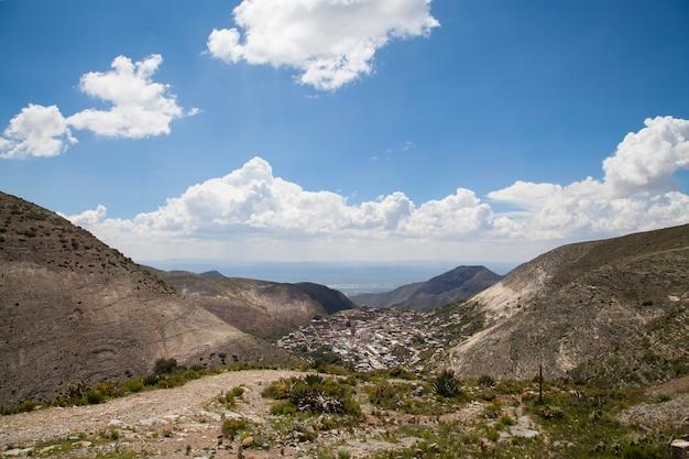 メキシコの古い村レアルデカトルスサンルイスポトシ