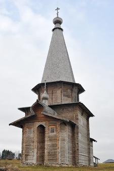 Semyonkovo, 볼 로그 다, 러시아의 마을에서 오래 된 목조 러시아 교회