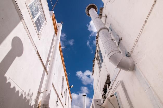 キュービスト都市、olhao、ポルトガルの典型的な建築様式の屋外の景色