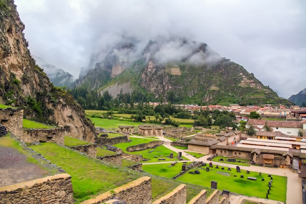 Ollantaytambo, inca ruins of ollantaytambo, sacred valley of the incas in peru, south america