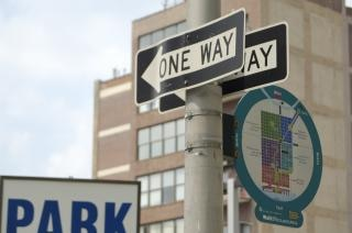 One way sign, street