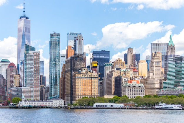 One world trade center and skyline panorama of downtown financial district and the lower manhattan in new york
