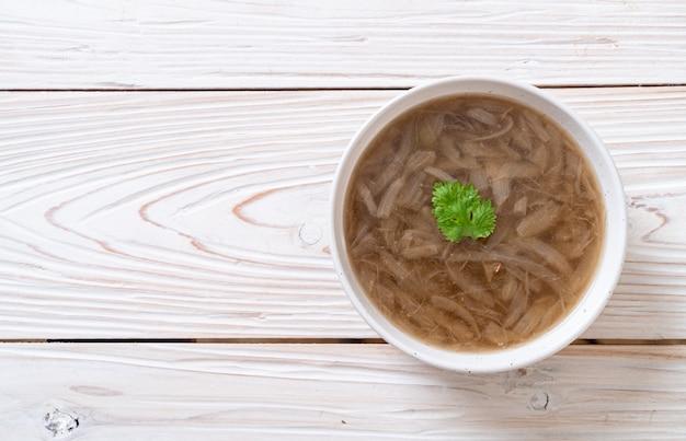 양파 수프 그릇