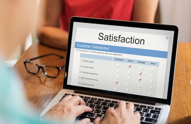 Online satisfaction rating on laptop