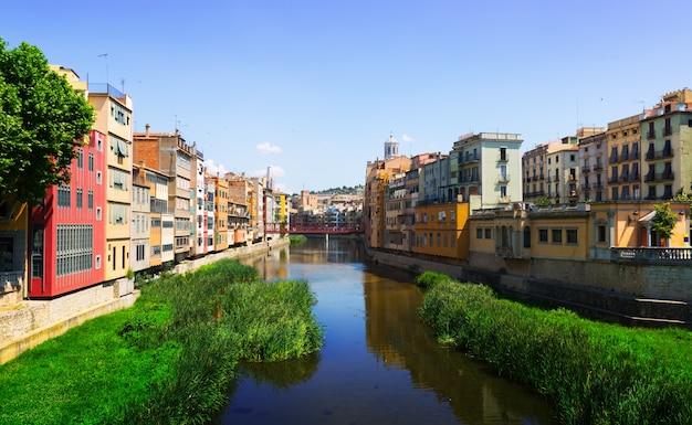 ジローナの川onyarの眺め