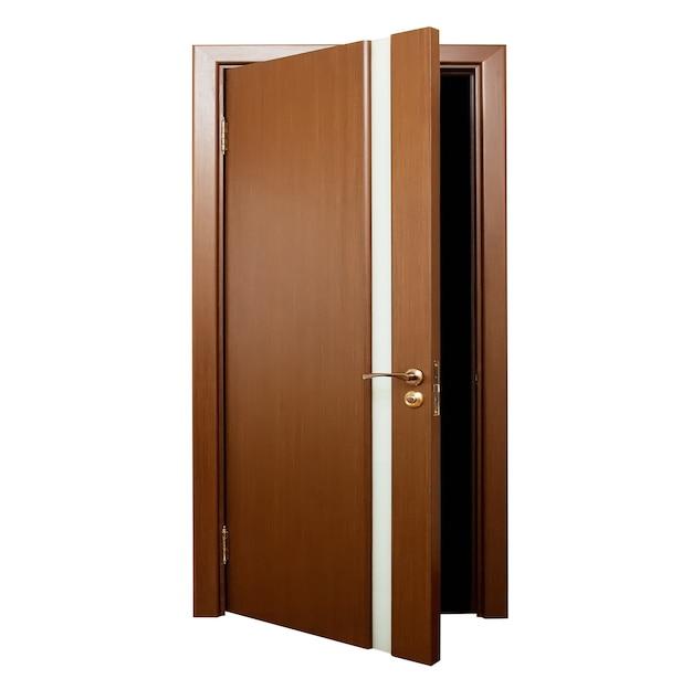 Открытая дверь, изолированные на белом фоне
