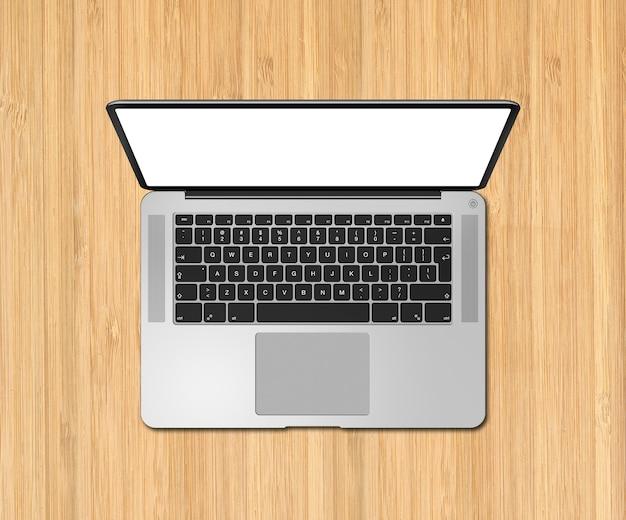 木製の机の上の空白の画面でノートパソコンのトップビューを開きます。 3dレンダリング
