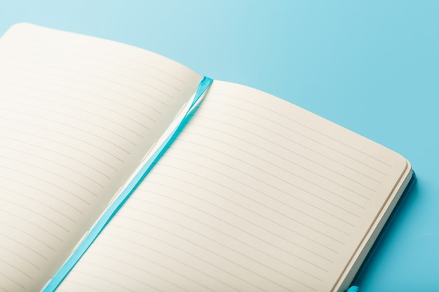 Open notebook, diary with blank and blank pages op view.